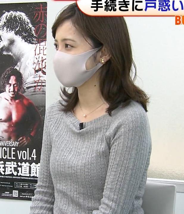 久慈暁子アナ ちっぱいだけどエロいニットおっぱいキャプ・エロ画像2