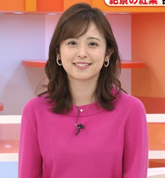 久慈暁子アナ ちっぱいだけどエロいニットおっぱいキャプ・エロ画像8