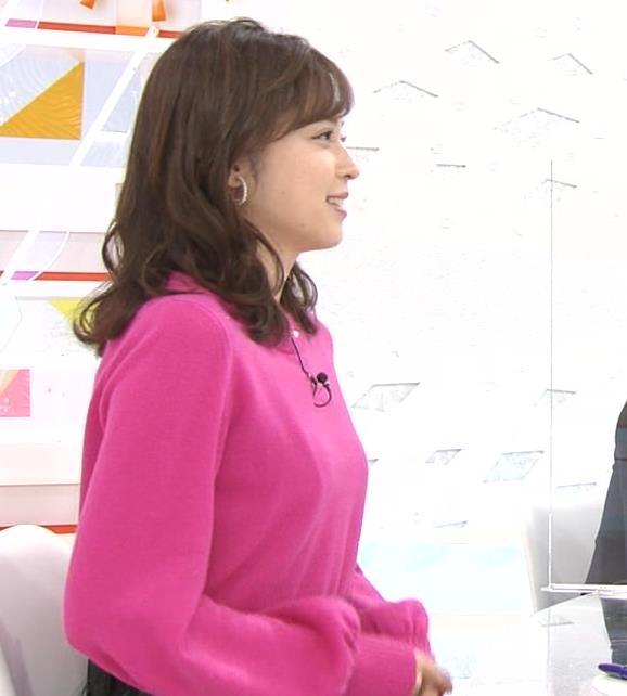 久慈暁子アナ ちっぱいだけどエロいニットおっぱいキャプ・エロ画像9
