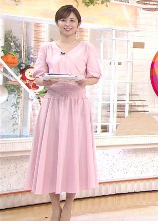 久慈暁子アナ ピンクのワンピースキャプ・エロ画像