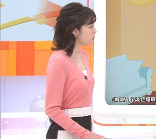 久慈暁子 美人女子アナのニット乳キャプ・エロ画像5