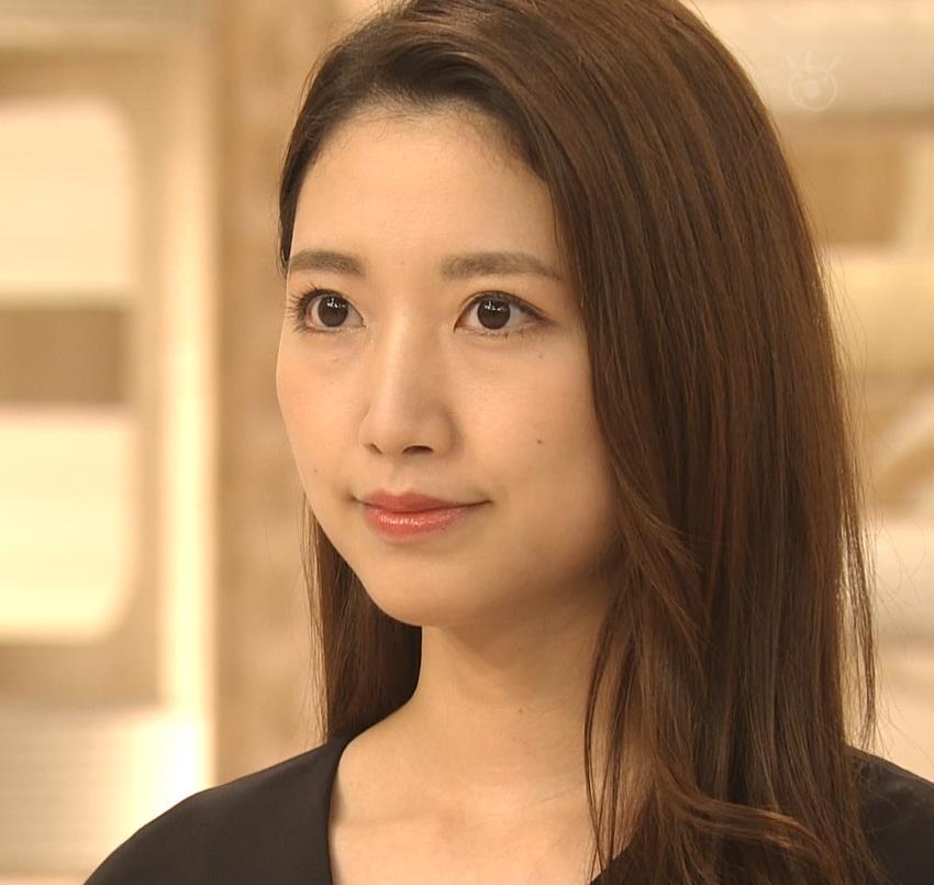 三田友梨佳アナ 夜のセクシーなニュース番組キャプ・エロ画像6