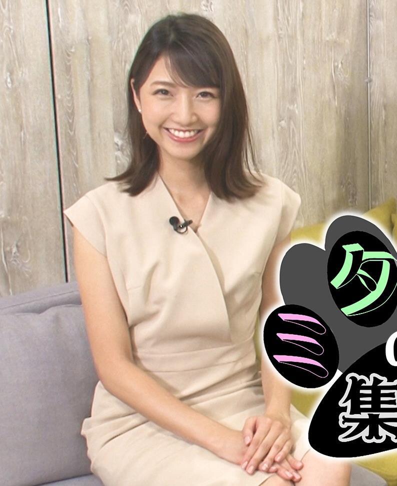 三田友梨佳アナ セクシーなミニスカートキャプ・エロ画像8
