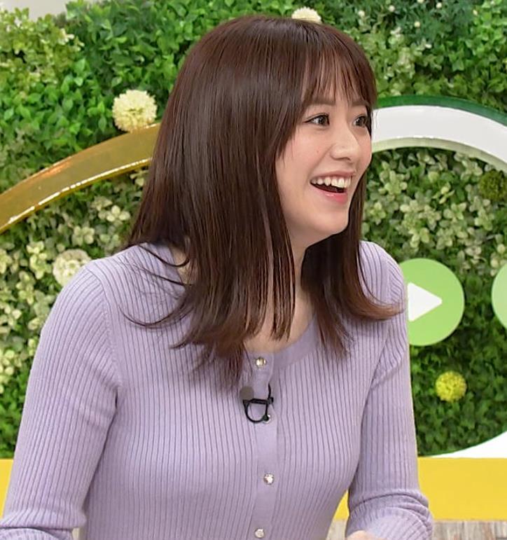 森香澄アナ クッキリ横乳キャプ・エロ画像6