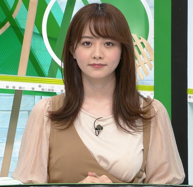 森香澄アナ 話題になった方乳衣装キャプ・エロ画像8