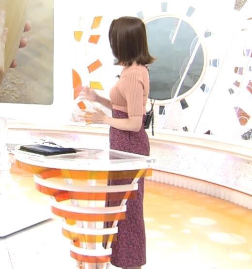 永島優美アナ 朝からエロいニットおっぱいキャプ画像(エロ・アイコラ画像)