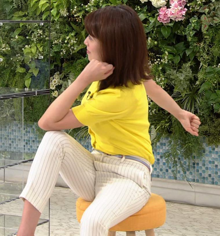 中川安奈アナ タイトパンツでエロいエクササイズキャプ・エロ画像12