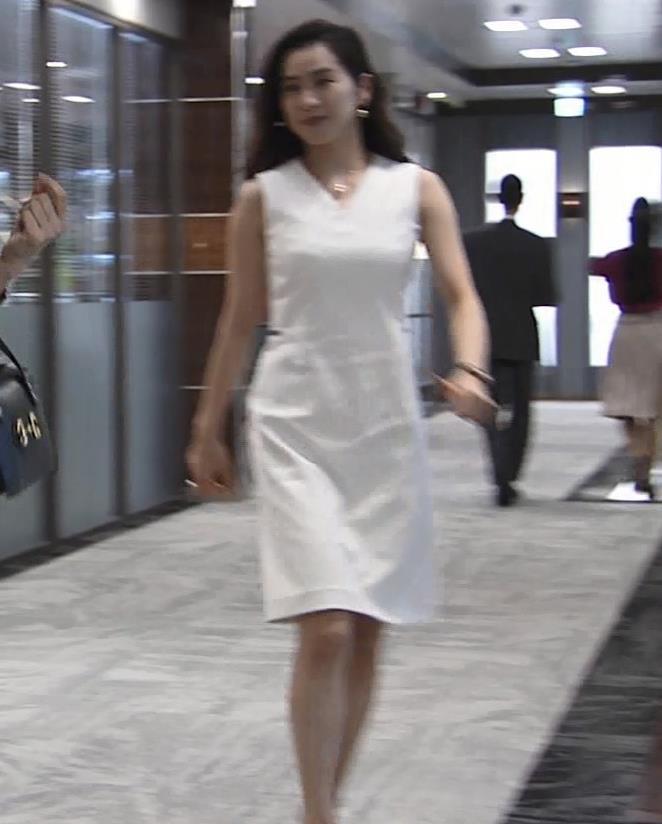中村アン 白いエロワンピースキャプ・エロ画像2
