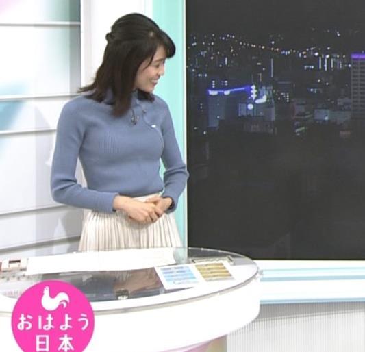 中山果奈アナ ニットおっぱいキャプ・エロ画像3