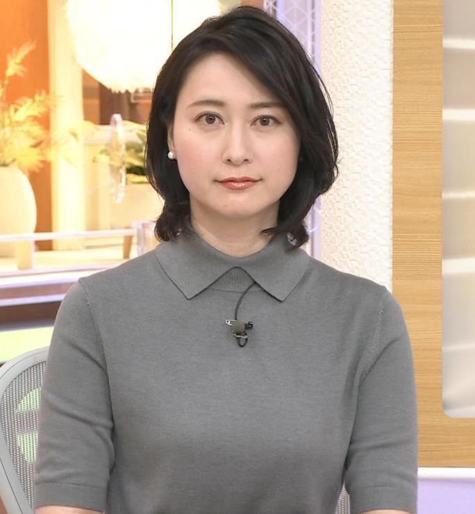 小川彩佳アナ おっぱい強調キャプ・エロ画像