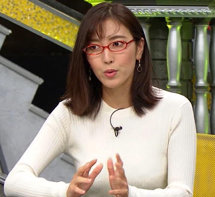 小澤陽子アナ 白ニットのおっぱいキャプ・エロ画像2
