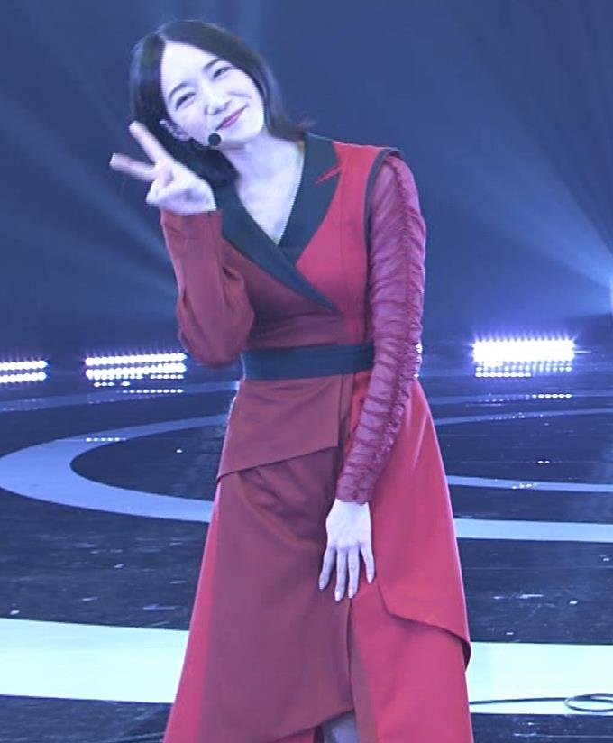 Pufumeのっち 紅白でちょっと胸チラキャプ・エロ画像12