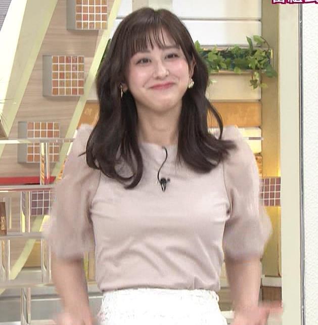 斎藤ちはるアナ 胸を張っておっぱいパツパツキャプ・エロ画像3