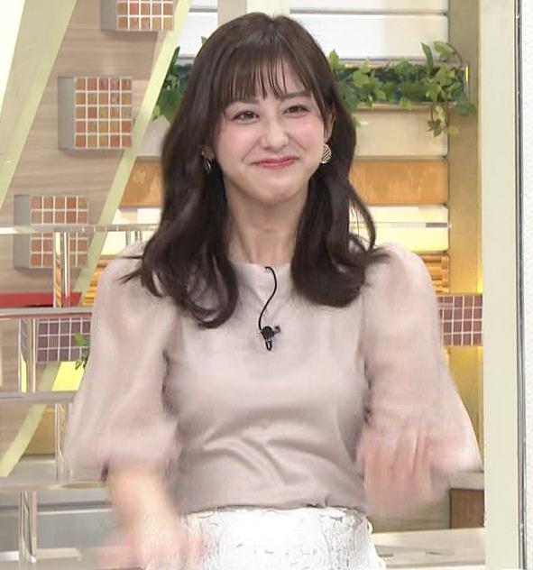 斎藤ちはるアナ 胸を張っておっぱいパツパツキャプ・エロ画像4