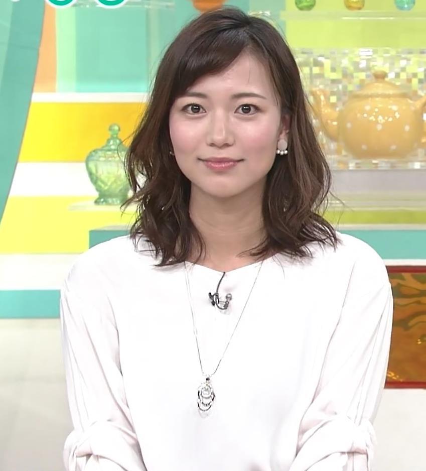 斎藤真美アナ ロングスカートキャプ・エロ画像2