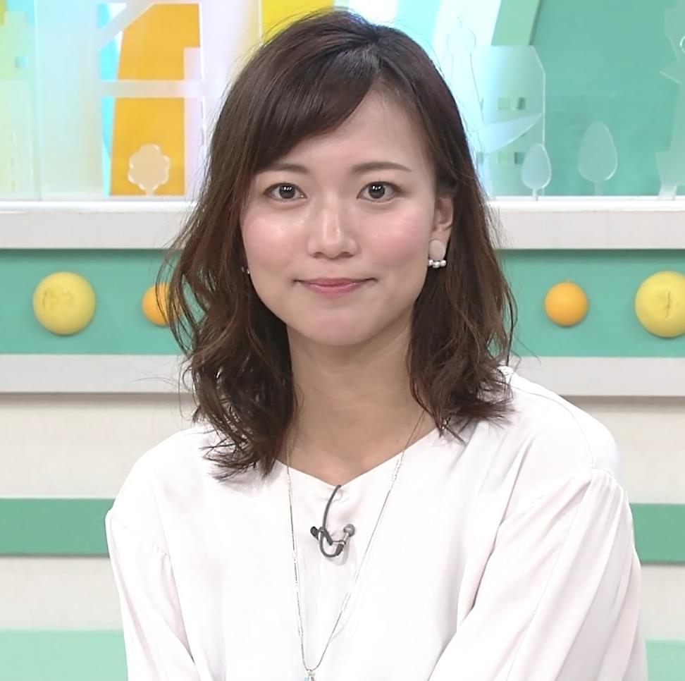 斎藤真美アナ ロングスカートキャプ・エロ画像6