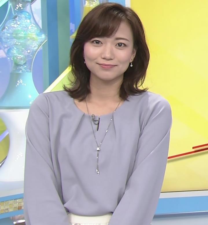 斎藤真美アナ ちょい透けスカートキャプ・エロ画像2