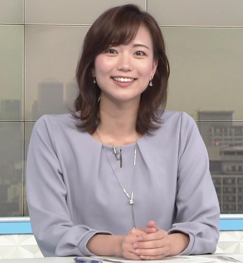 斎藤真美アナ ちょい透けスカートキャプ・エロ画像7