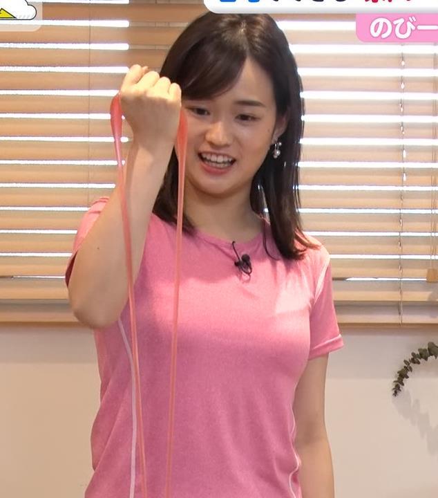 篠原梨菜アナ 巨乳アナ×ピチピチTシャツキャプ・エロ画像2