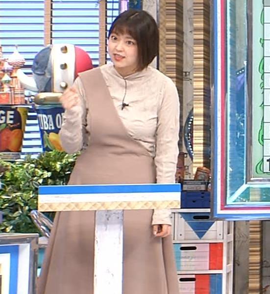 杉原千尋アナ 巨乳だとわかる衣装キャプ・エロ画像4
