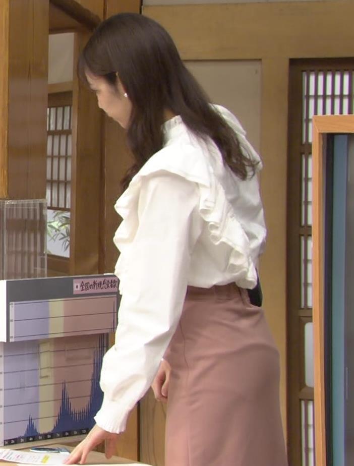 杉浦みずき スカートお尻キャプ・エロ画像2