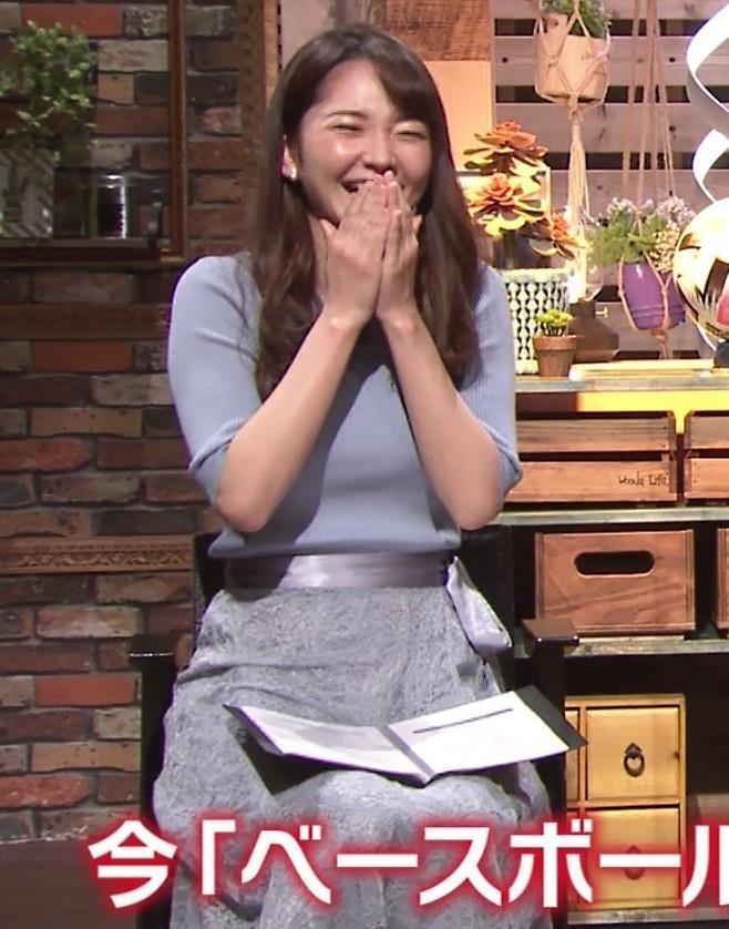 竹崎由佳アナ とてもいい感じのニットおっぱい♡キャプ・エロ画像9