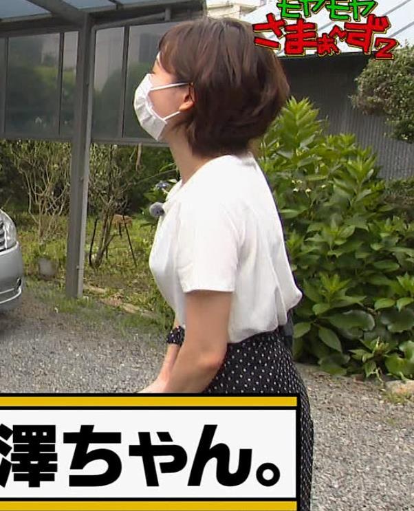 田中瞳アナ Tシャツ横乳キャプ・エロ画像6