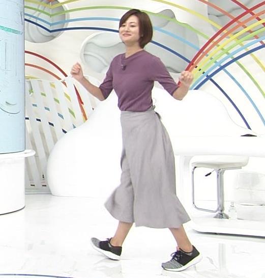 徳島えりかアナ ニットおっぱいキャプ・エロ画像8