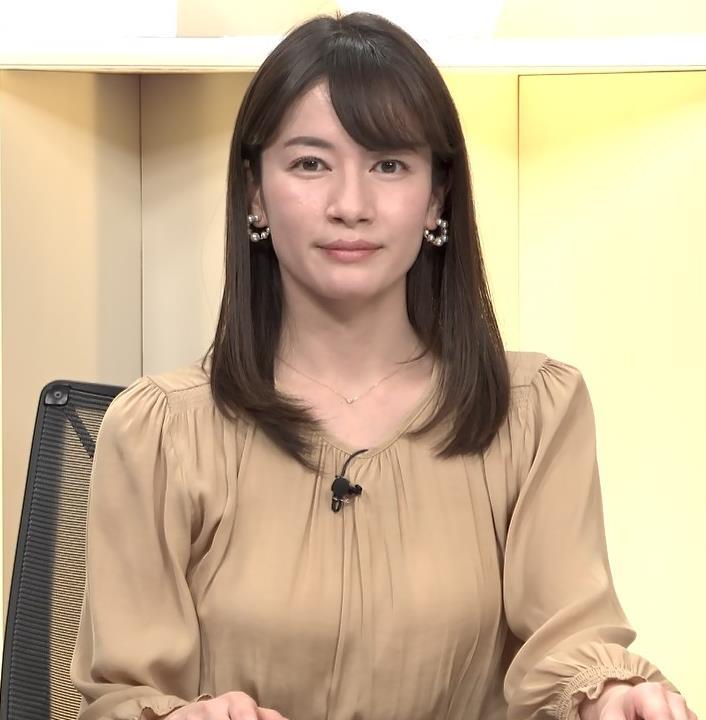 宇内梨沙アナ サンデーニュース Bizスクエアキャプ・エロ画像6
