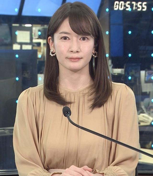 宇内梨沙アナ ちょいエロ衣装キャプ・エロ画像