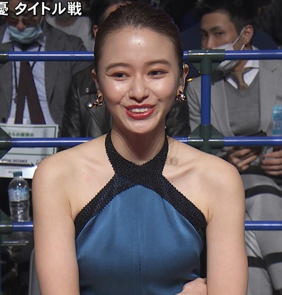 山本舞香 露出度の高いドレスキャプ・エロ画像7