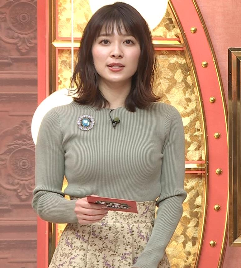 山本里菜アナ ニットで巨乳がクッキリキャプ・エロ画像