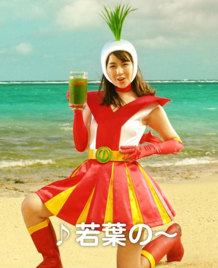 柳ゆり菜 変なコスプレCMキャプ・エロ画像2
