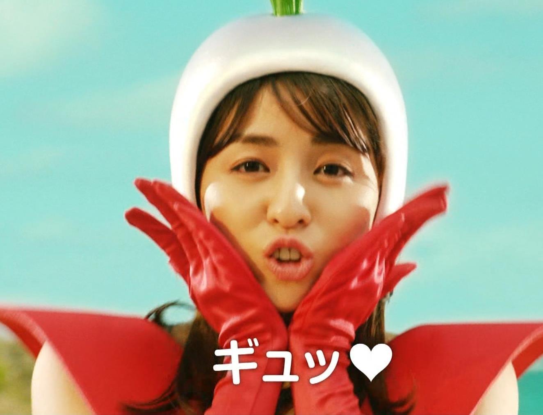 柳ゆり菜 変なコスプレCMキャプ・エロ画像7