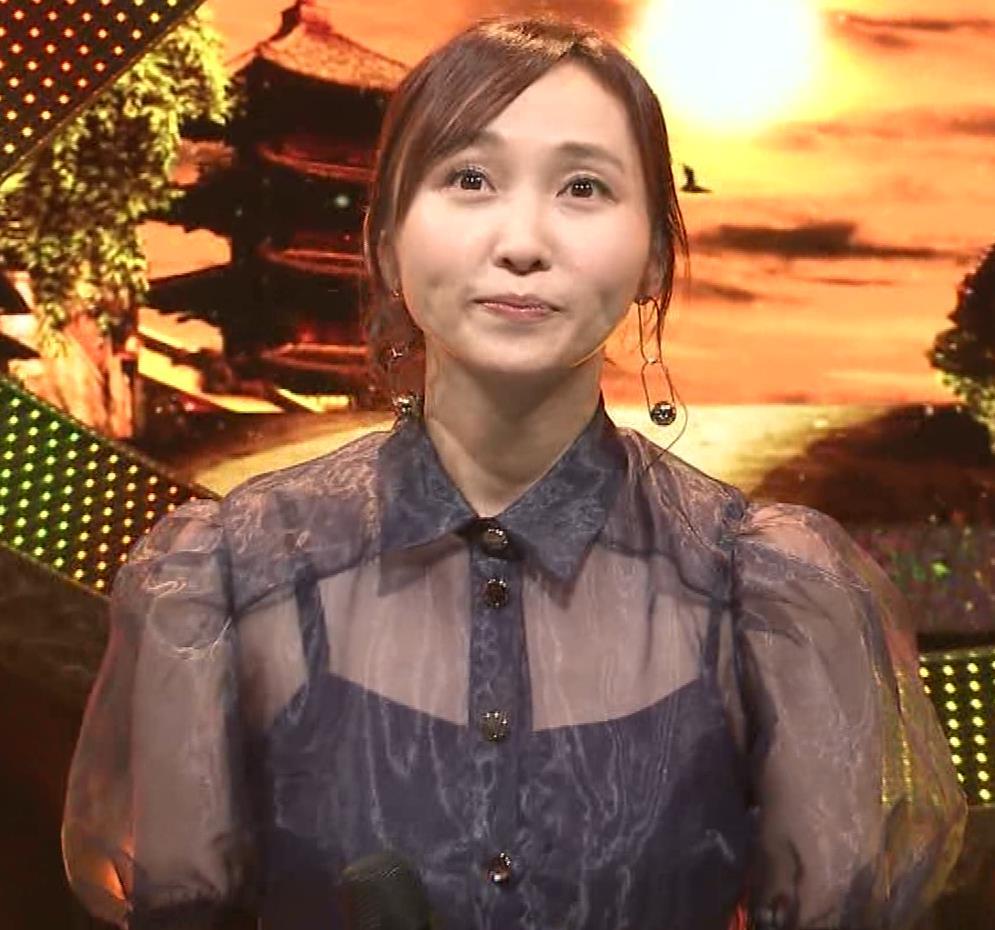吉木りさ カラオケで透け衣装キャプ・エロ画像6