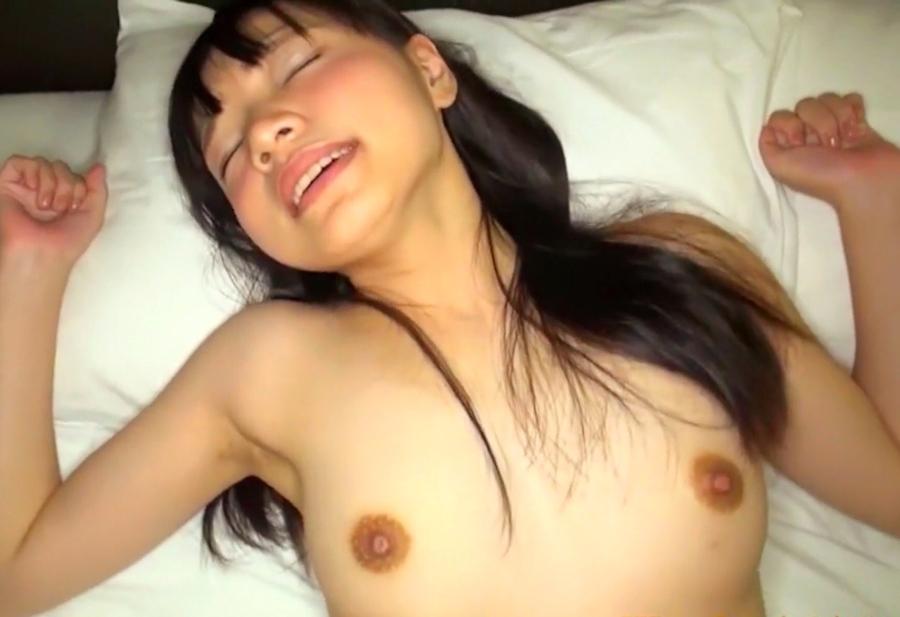 清楚系美微乳美少女のハメ撮りセックス画像 12
