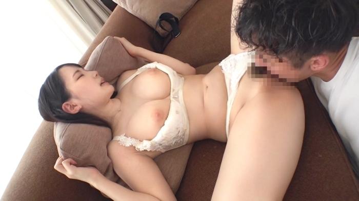 Hカップ美巨乳×パツパツ美尻の20歳美人フリーターのセックス画像 4