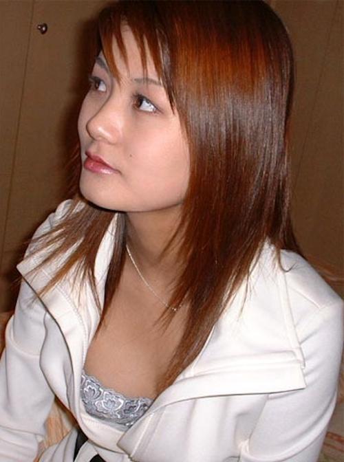 ホテルで撮影した素人美女のパイパンマ○コ画像 2