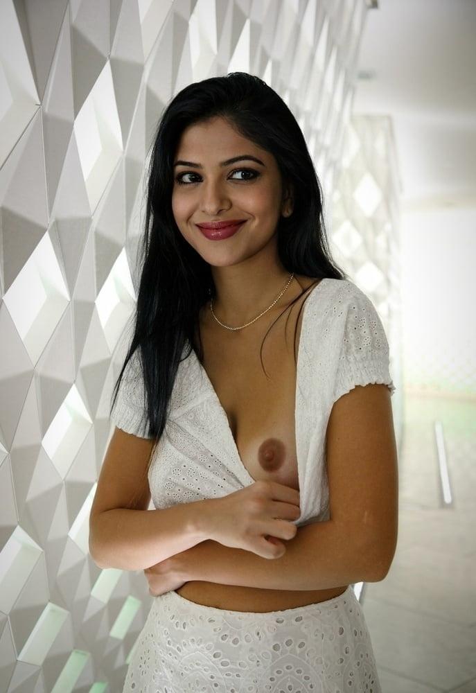 インド美人女優のヌード画像 4