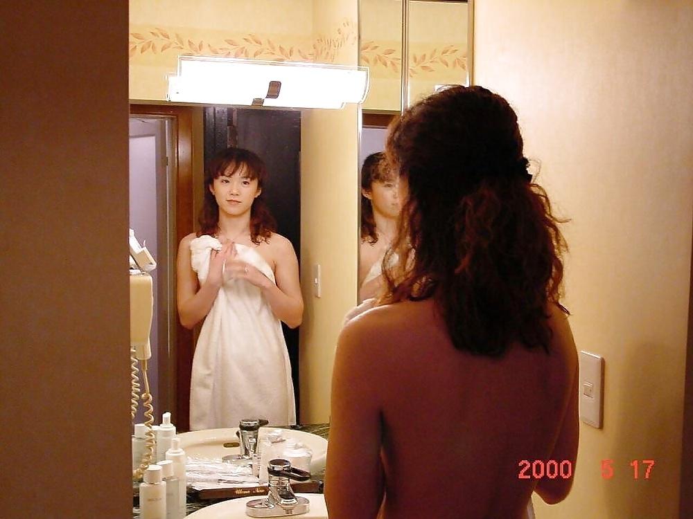微乳な素人美女のラブホヌード流出画像 6