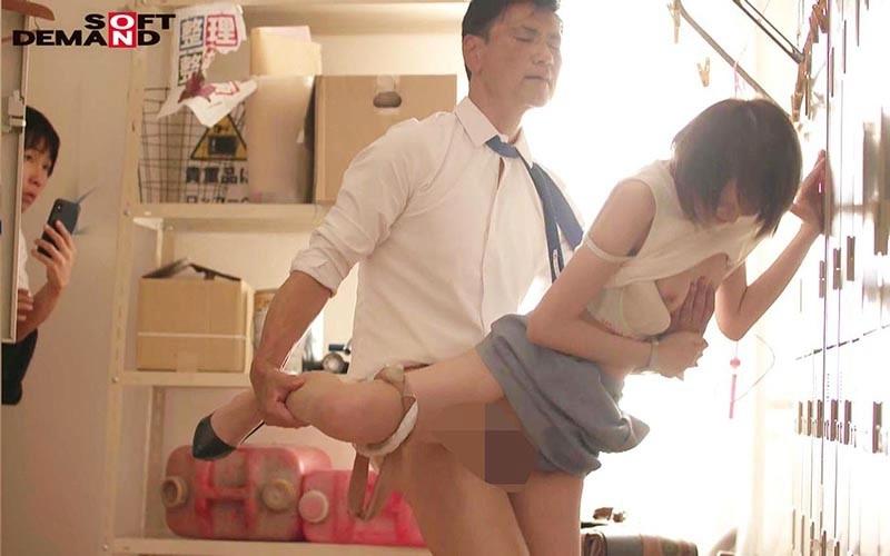 夏休み中ずっと体育倉庫に監禁されて教え子に輪姦され続けた女教師 広瀬りおな 5