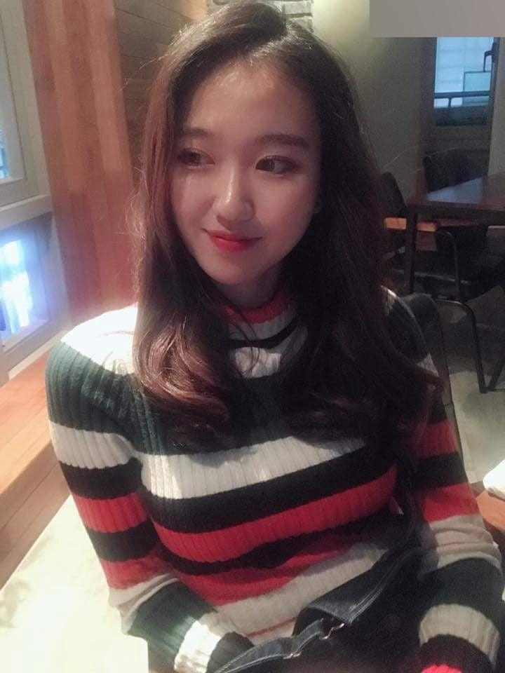 K-POPアイドルのような韓国S級美少女の自分撮りヌード流出画像 4