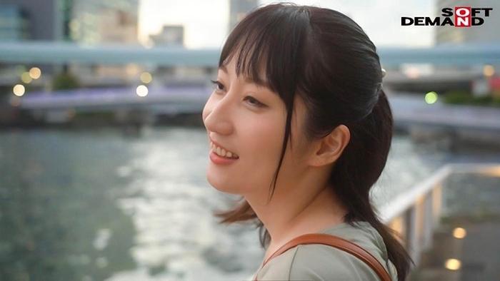 青森の色白美肌な33歳美人妻 古瀬朱美 AVデビュー 1