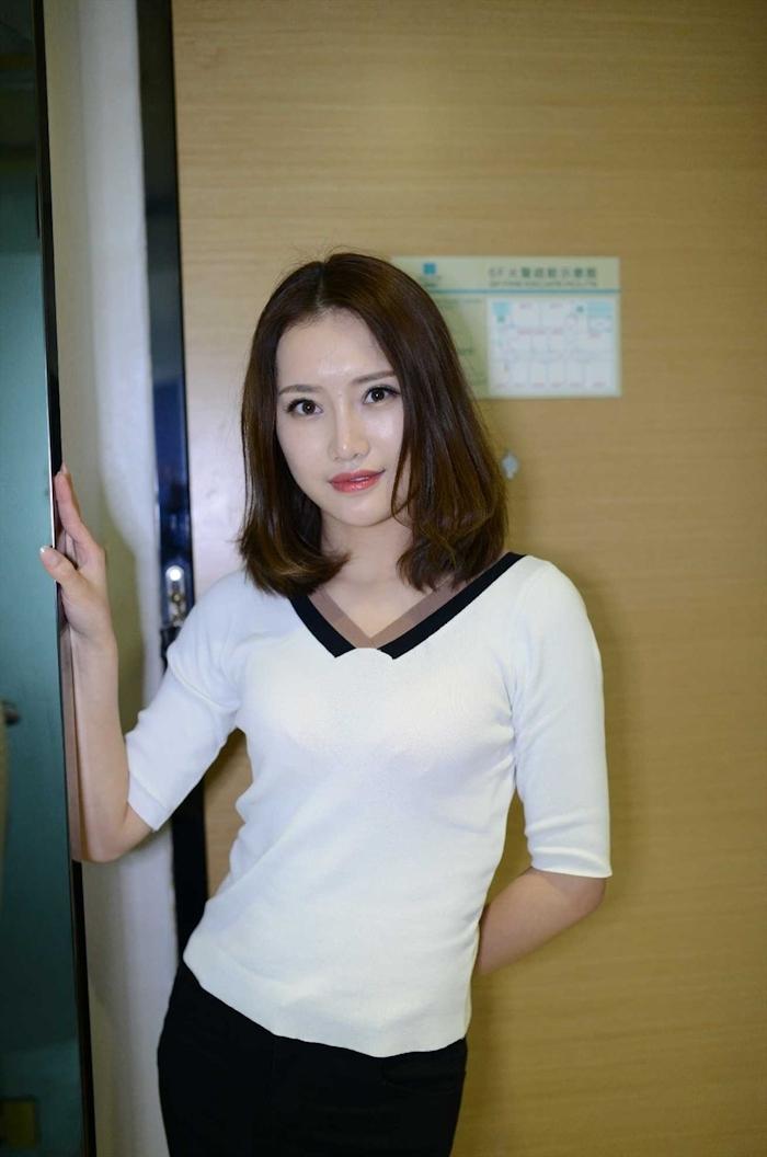 中国美女モデルの個人撮影ヌード画像 1