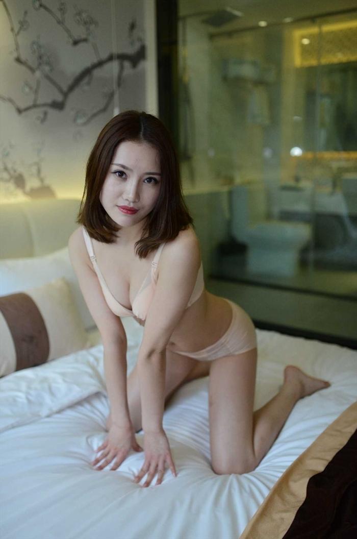 中国美女モデルの個人撮影ヌード画像 2