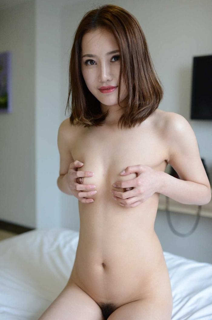 中国美女モデルの個人撮影ヌード画像 17