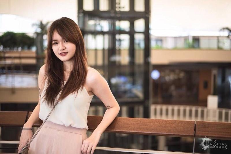 タイの18歳美少女の自分撮りヌード&マ○コ画像 2