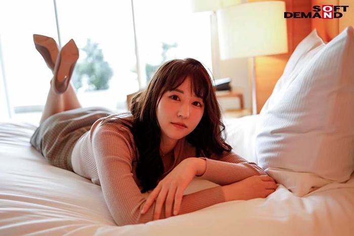 8頭身ボディ&Fカップ美巨乳の現役丸の内OL 吉永このみ AVデビュー 2
