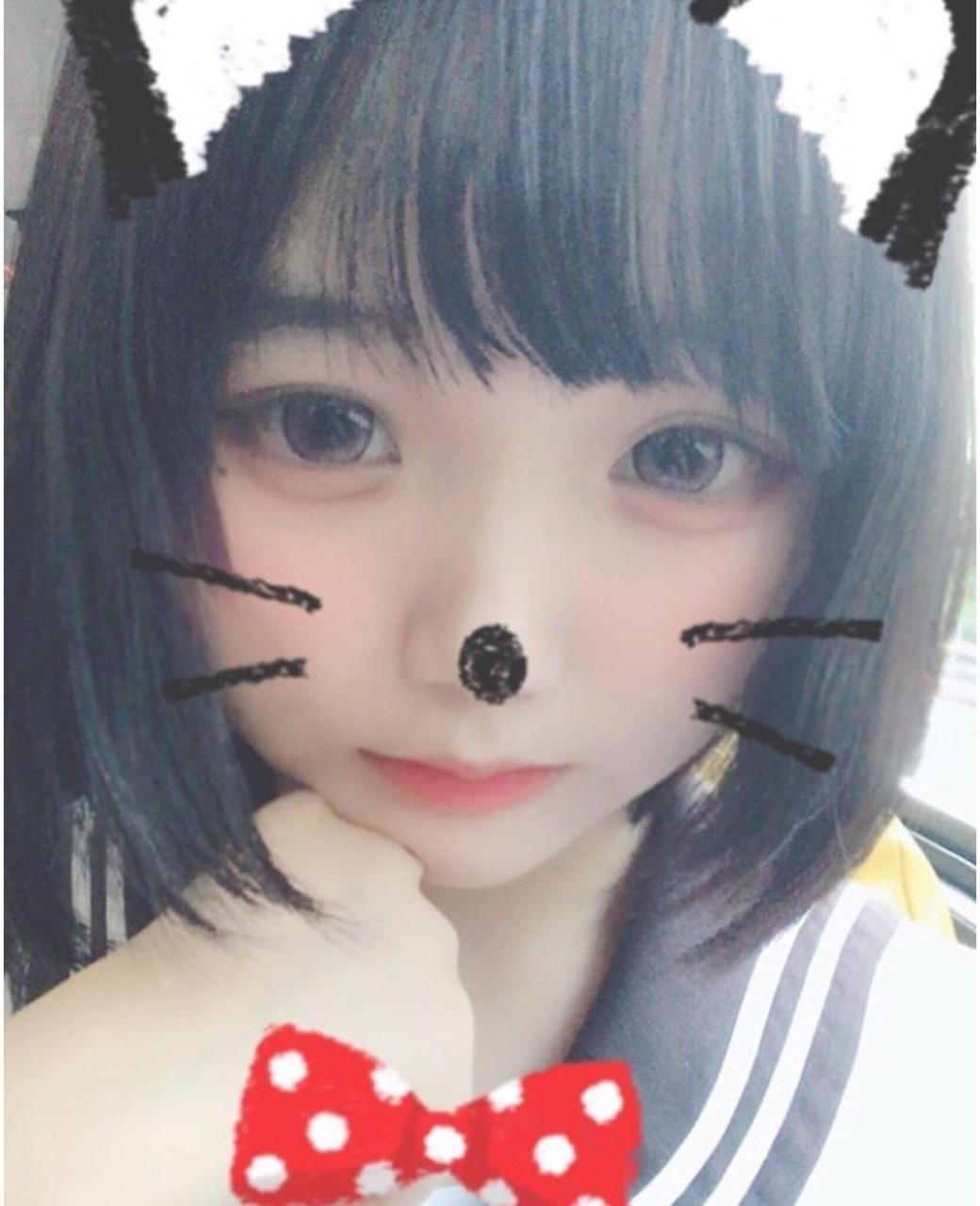 ロリ系美少女の自分撮りヌード&マ○コ画像 1