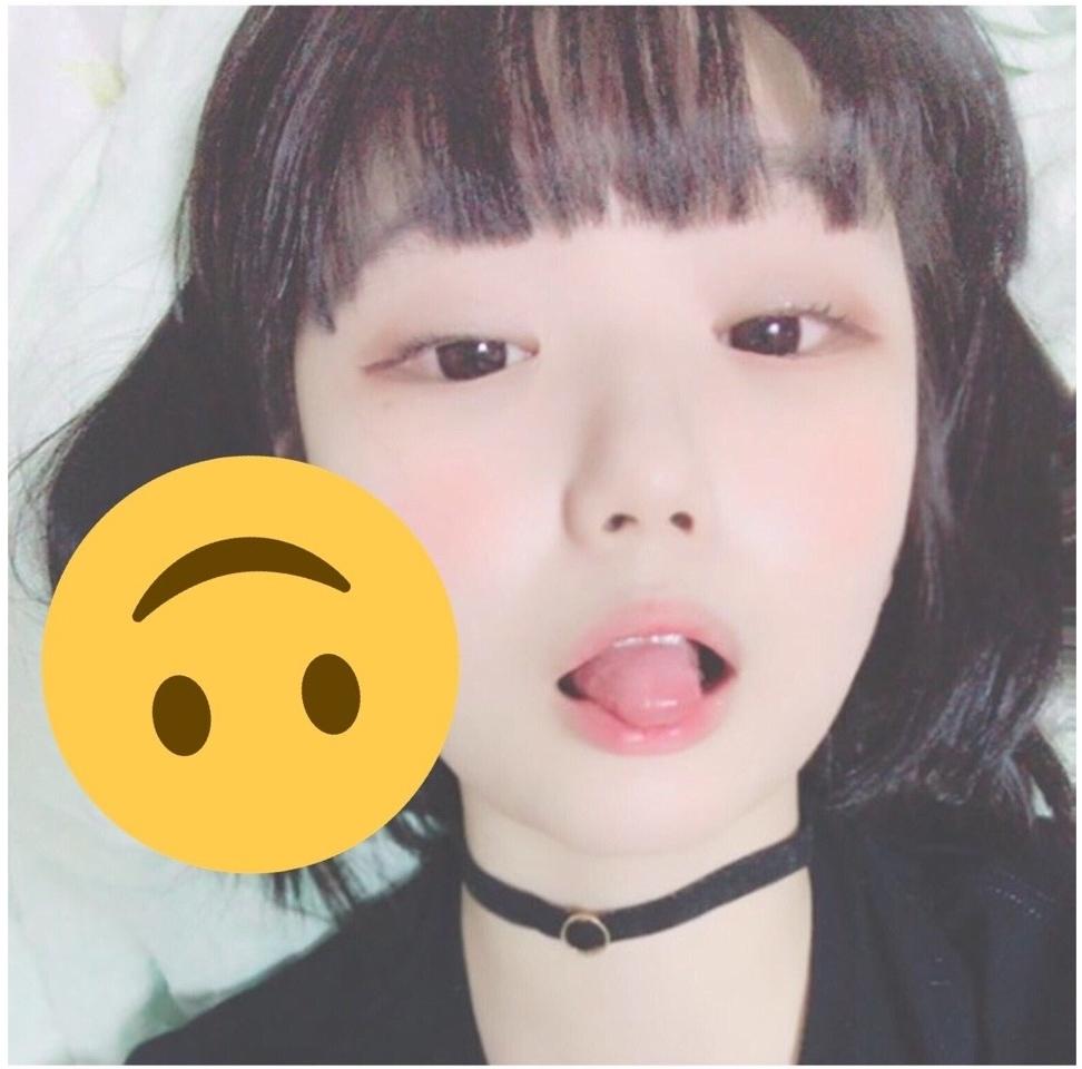 ロリ系美少女の自分撮りヌード&マ○コ画像 2